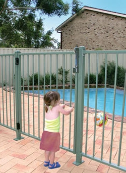 Pool fencing samuel morris foundation - Swimming pool fencing options consider ...